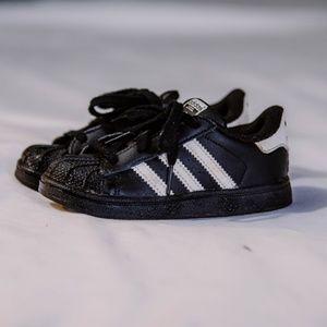 adidas Shoes - Kids Size 8 Adidas Sneakers   Black & White